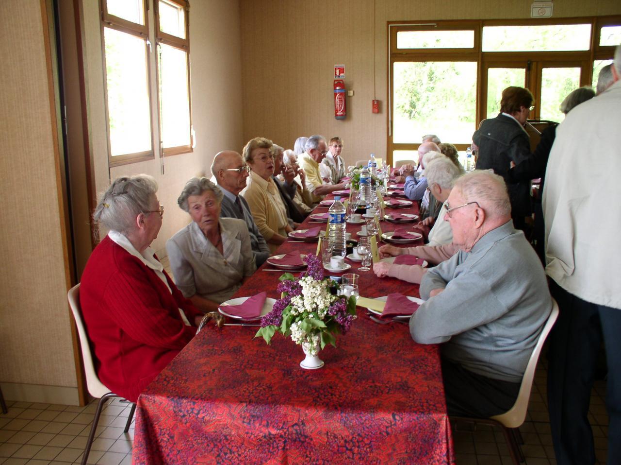Repas des anciens - 2004 (13)