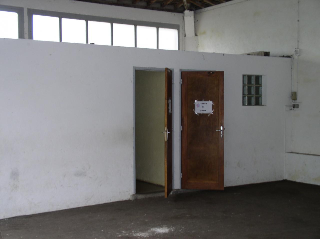 Ecole 2005 avant travaux-17