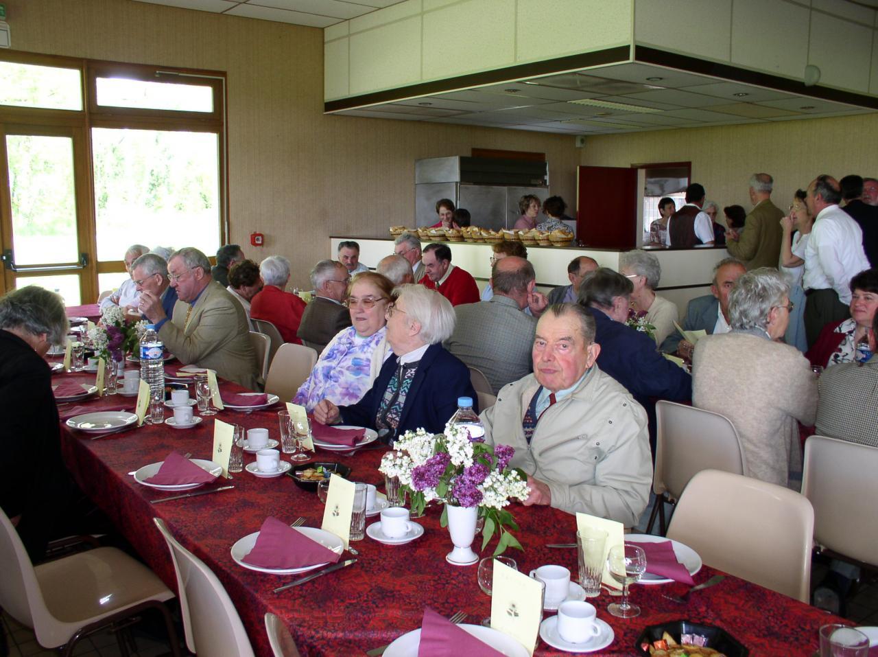 Repas des anciens - 2004 (16)